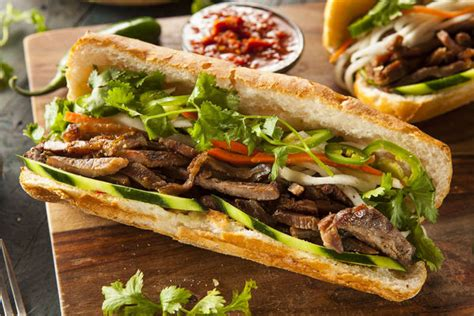 cuisine vietnamienne this pork sandwich is packed with flavor 12 tomatoes
