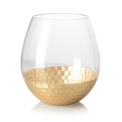 Gold Vase by 17 Best Ideas About Vase On White Floral