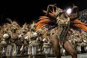 TOPSHOT-BRAZIL-CARNIVAL-RIO-PARADE-UNIDOS DA TIJUCA