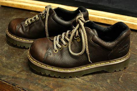 vintage  martens shoes men  ladies   luulla