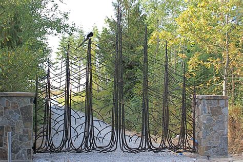 image result for http irondesigncenter com theme irondesign 001 white img gates doors02