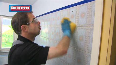 peinture de resine pour carrelage remettre sa salle de bain à neuf peinture pour carrelage