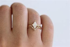 15 Unique Fitted Engagement Ring And Wedding Band Combos