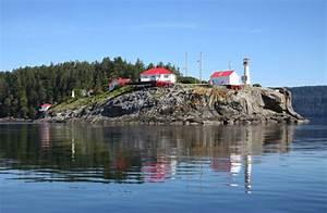 chrome island lighthouse columbia canada at