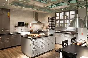 Cucina In Negozio Di Mobili Ikea Immagine Editoriale