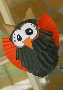 Basteln Halloween Mit Kindern : bricolage pour enfants hiboux en rouleaux de papier vides ~ Yasmunasinghe.com Haus und Dekorationen