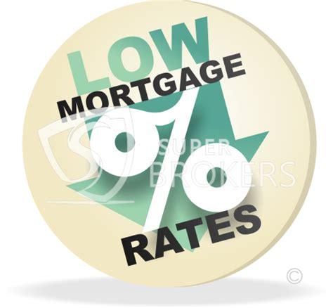 canadian mortgage rates drop  big banks brokers