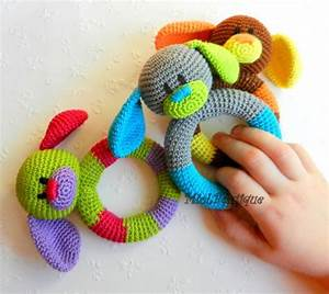 Baby Spielzeug Auf Rechnung : die besten 25 baby spielzeug h keln ideen auf pinterest h keln spielzeug muster ~ Themetempest.com Abrechnung