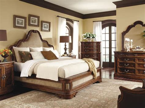 Opulence-pcs Italian Traditional Queen King Upholstered
