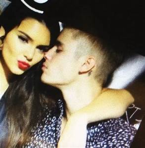 Justin Bieber and Kendall Jenner: Holding Hands in Spain ...