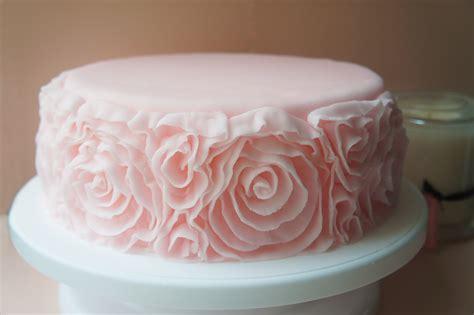 fondant techniques  spoonful  cake