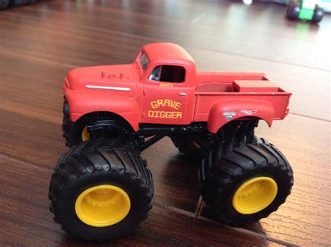 old grave digger monster truck grave digger old style 1 64 toy car die cast and