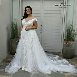best 25 curvy wedding dresses ideas on pinterest plus With wedding dresses for curvy ladies