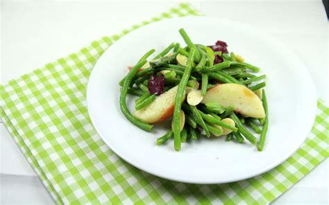 cuisine haricot vert haricots verts pêche blanche et amandes fraiches the