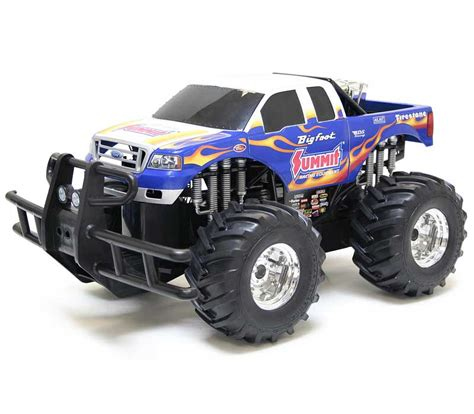 bigfoot 5 monster truck toy amazon com new bright r c monster extreme big foot summit