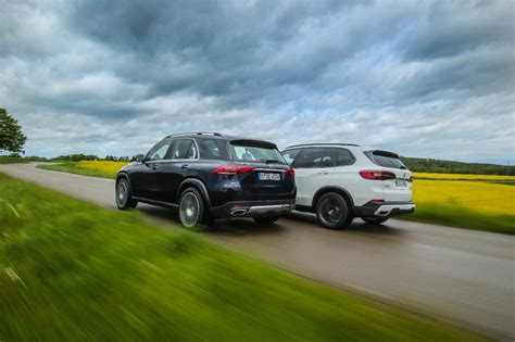 Compare the bmw x5 vs. BMW X5 xDrive 30d vs Mercedes GLE 300 d 4Matic: qué SUV premium diésel es mejor