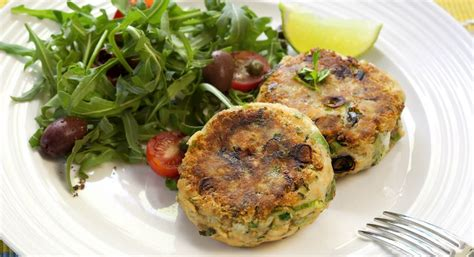 Something as delicious that can come out. Spicy Salmon Fishcakes - Fiver Feeds   Salmon fish cakes, Recipes, Cheap family meals