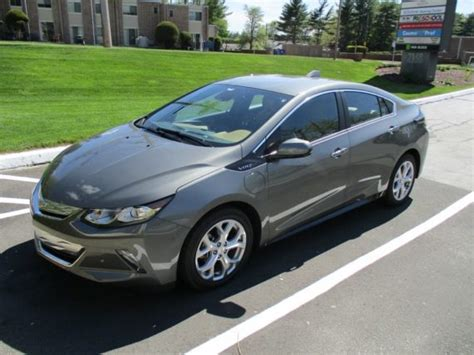 chevy volt review day  cleantechnica