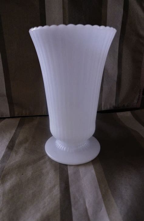 E.O. Brody RIBBED FOOTED WHITE MILK GLASS Flower Vase M