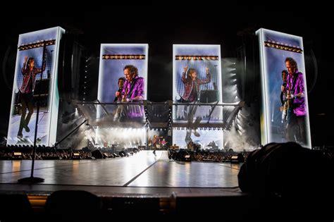 rolling stones concert review mick jagger rocks metlife