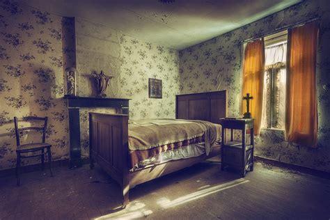 catholic bedroom benjamin wiessner flickr