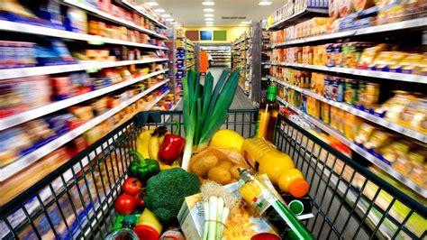 lebensmittel einkaufen lebensmittel im kaufen stirbt der supermarkt