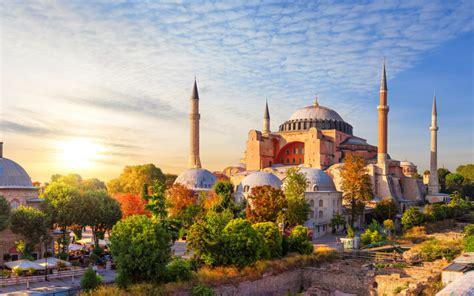 Истанбул-убавицата на два континенти - Travel Agency Aries