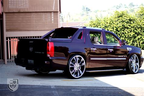 Cadillac Truck 2010 by Cadillac Escalade Ext Luxury Truck Restyled By