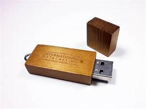 Holz Usb Stick : lasergravur auf usb sticks usb stick ~ Sanjose-hotels-ca.com Haus und Dekorationen