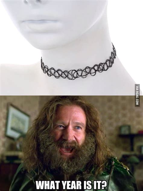 Choker Memes - so girls started wearing this horrible choker necklace again 9gag