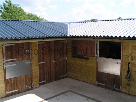 stables ecco sheds  pigeon lofts