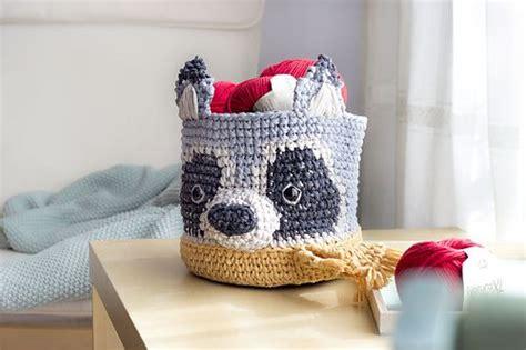 ravelry tapestry raccoon basket pattern  duende de los