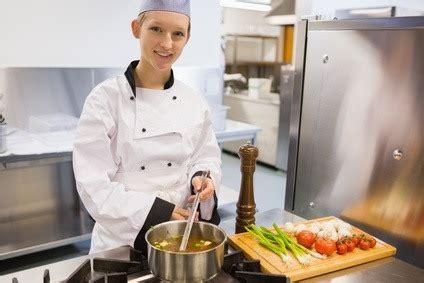 commis de cuisine definition sous chef description what is a sous chef culinary
