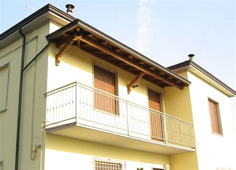 Tettoia Balcone by Coperture Per Il Balcone Pergole E Tettoie Da Giardino
