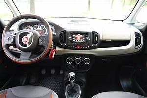 Fiat 500 Interieur : essai fiat 500 l 1 6 multijet 16v 105 trekking comme un randonneur en tongs ~ Gottalentnigeria.com Avis de Voitures