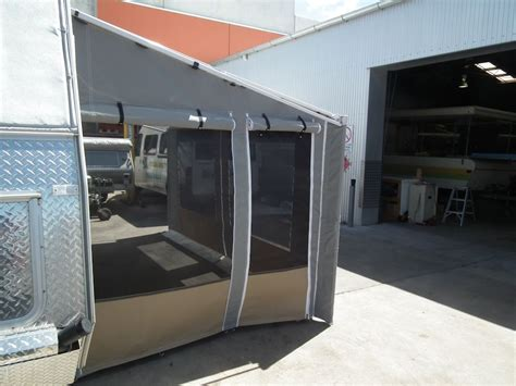 Caravan Roll Out Awning Walls
