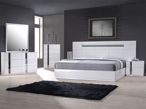 white modern bedroom furniture white modern platform bed with lighted headboard 17853 | White Modern Platform Bed with Lighted Headboard 17853