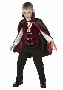 Halloween Kostüm Vampir : boy child deluxe vampire costume ~ Lizthompson.info Haus und Dekorationen