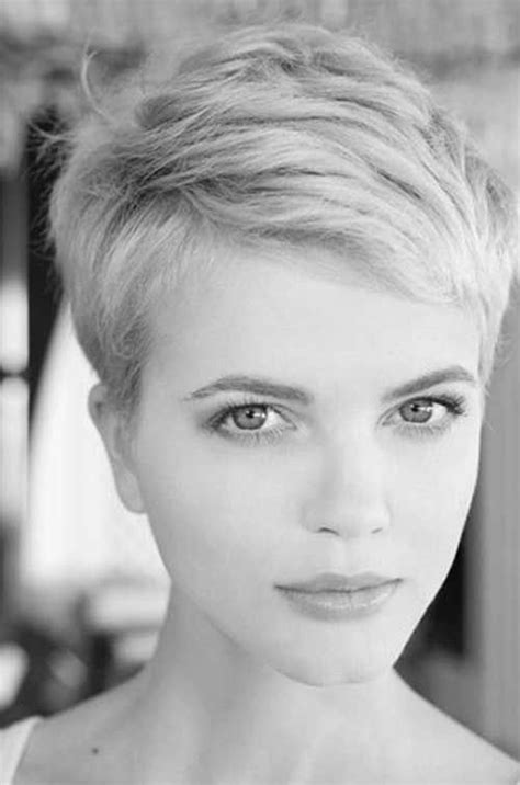 new hair styles and colors best 25 pixie haircuts ideas on pixie 3180