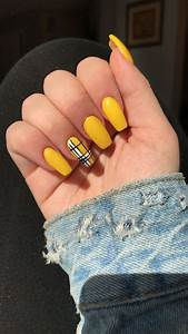 yellow plaid coffin shaped acrylic nails yellow nails