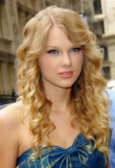 Taylor Swift Profile And Latest Photos 2013-14 | World ...