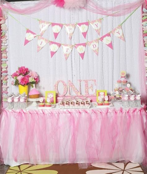 adorable pretty in pink 1st birthday party hostess with 86 best 39 s 1st birthday images on