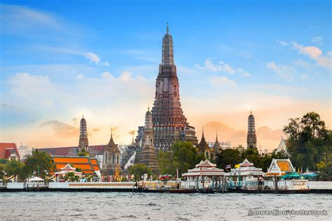 Wat Arun In Bangkok Temple Of Dawn