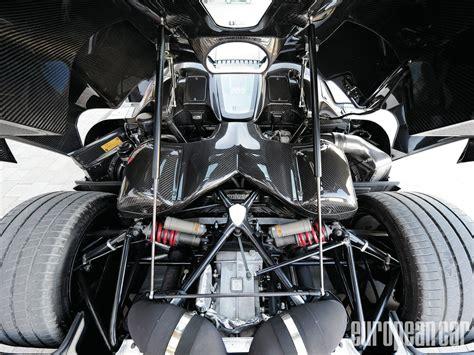 Koenigsegg Agera R Engine Bay Is Symmetrically Pleasing