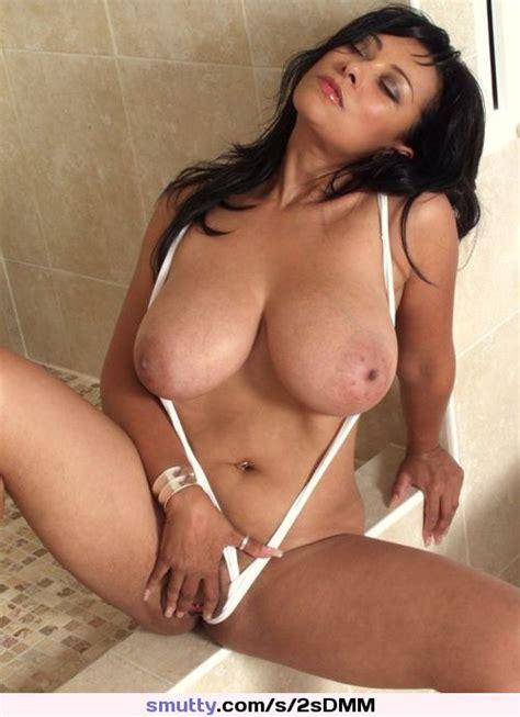 Hot Girl Babe Sexynudenaked Boobstitsnipplesbigmilfbrunette