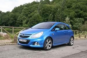Opel Corsa Bleu : essai opel corsa opc elle enfile le bleu de chauffe ~ Gottalentnigeria.com Avis de Voitures