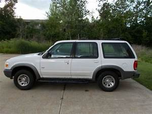 Purchase Used 2000 Ford Explorer Xls Sport Utility 4