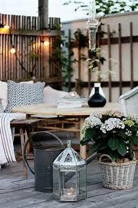 Schöne Terrassen Ideen : die besten 17 ideen zu terrassen lichterketten auf pinterest terrassenbeleuchtung terrasse ~ Orissabook.com Haus und Dekorationen