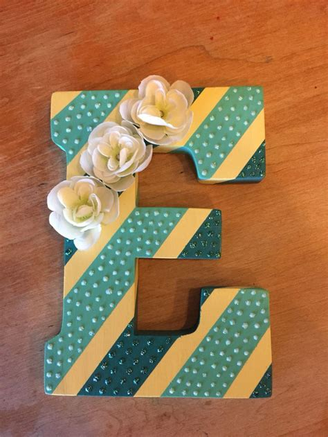 diy wall art painted wooden letter  stripes glitter