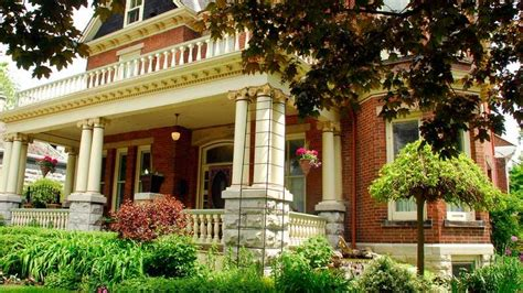 Secret Garden Inn  Bed & Breakfast  Historic Inns Kingston